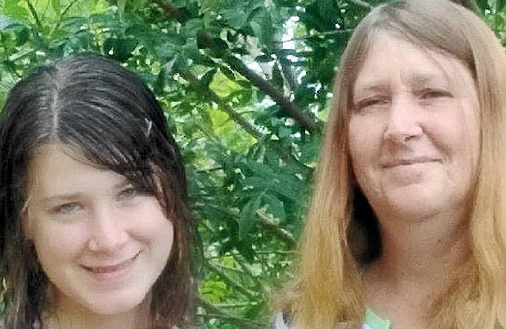 TRAGIC LOSS: Jasmyn Carter, with her mum Jeanella.