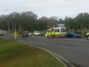 Car crash at Glenlyon Rd