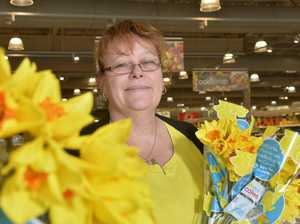 Ipswich shoppers help fight cancer