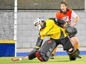 Sparks in fight but Meteors too good in hockey final