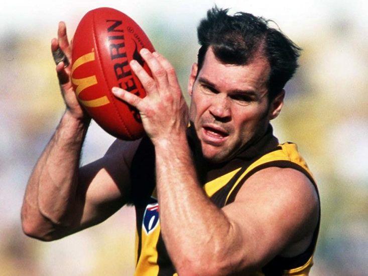 1997: Jason Dunstall #19 for Hawthorn in action during the 1997 AFL season Mandatory Credit: Allsport Australia/ALLSPORT