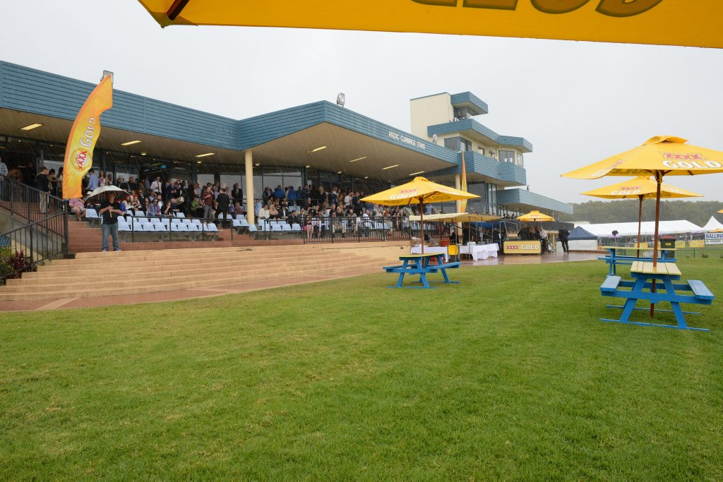 Ballina Cup 2015, with lots of rain.