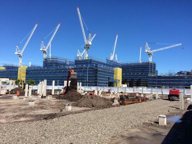Tragedy closes hospital worksite sunshine coast daily for Sunshine construction