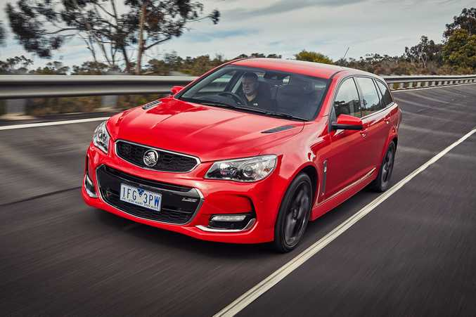 COMMODORE VFII: The SS, SSV, SSV-Redline and Caprice V (option for Calais V) come with 6.2-litre LS3 V8 engine with 304kW and 570Nm, with sub-5 seconds 0-100kmh times quoted