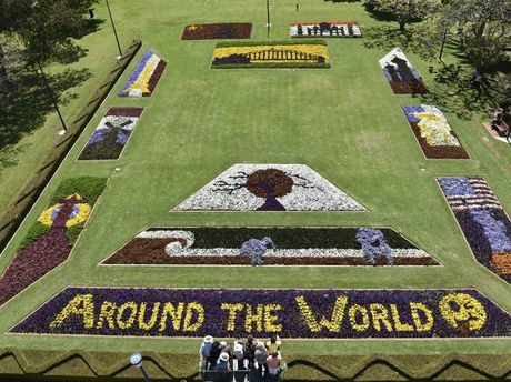 The Around The World display for Carnival of Flowers 2015 at Laurel Bank Park.