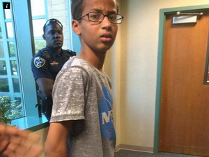 Teenager arrested for taking homemade clock to school