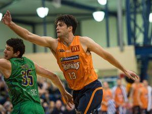 Townsville Crocs vs Cairns Taipans, Basketball