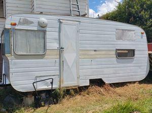 Frankie the Friendly Caravan sales pitch goes viral