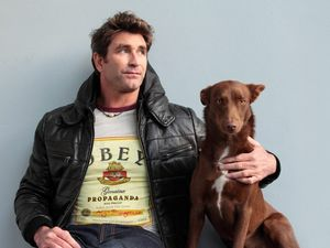Pete Murray's Yours Acoustically tour