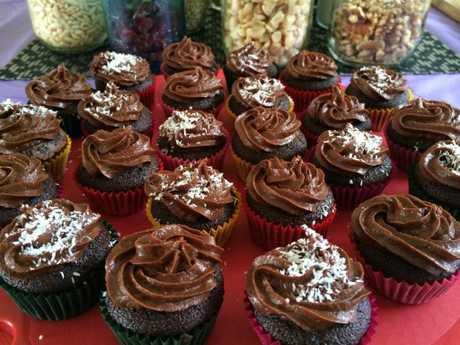 Gluten-free, dairy-free, naturally sweetened chocolate cupcake recipe by Viki Thondley of MindBodyFood. Photo Contributed