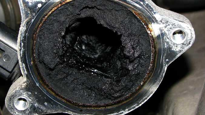 Carbon Egr Q Bczznswsy P Rxk Ct X on 4 6 Triton Engine Diagram