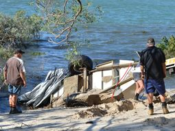 Rainbow Beach Towing recover camper trailer from Inskip Point