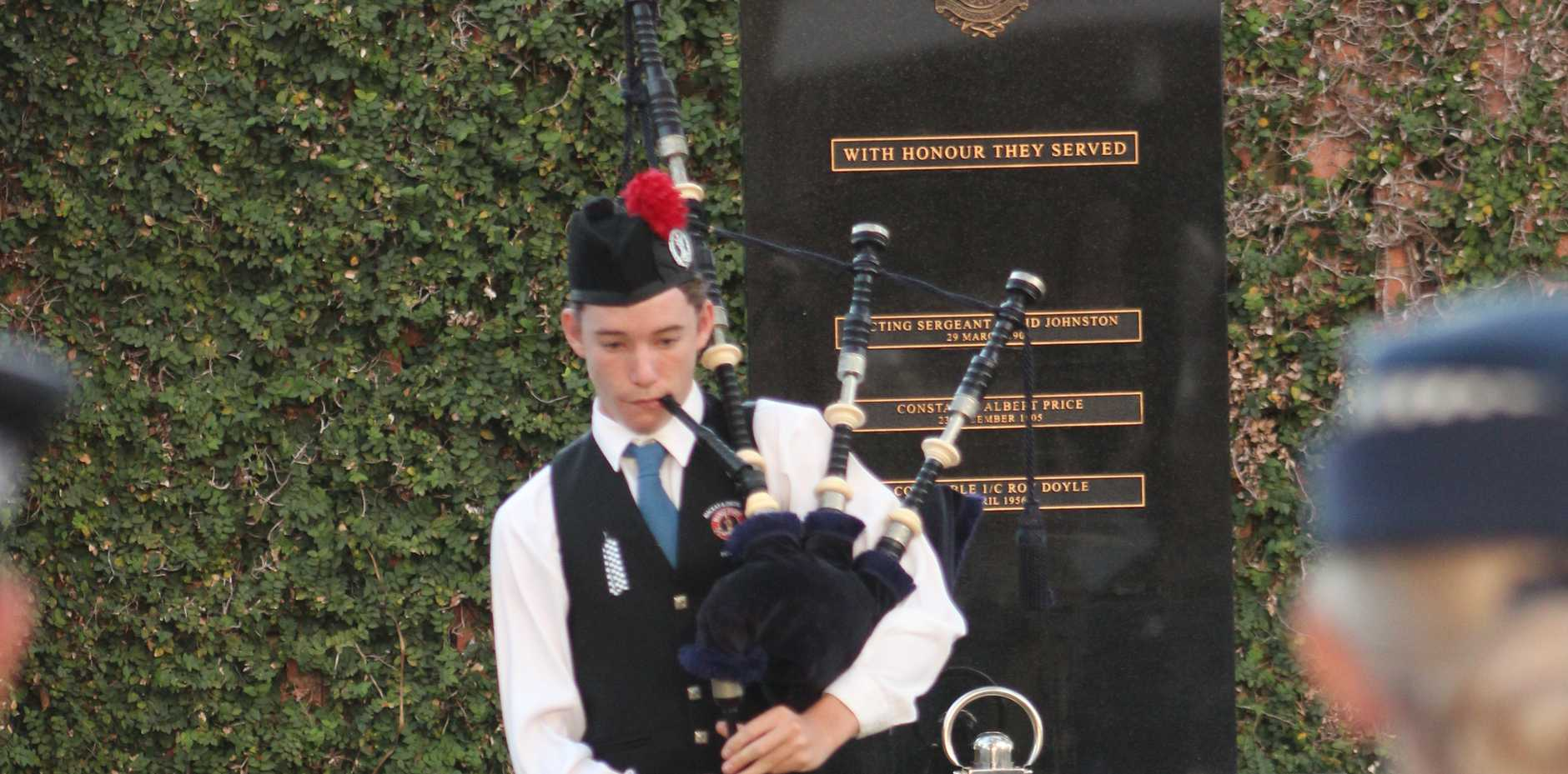 The Piper Oliver McCahill who played the Lament