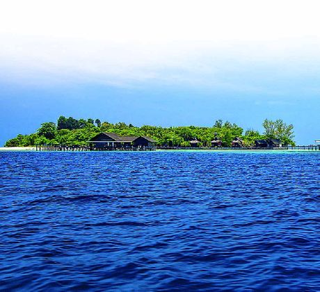 Lankayan Island Resort is just one of many places you should explore when visiting Malaysia.