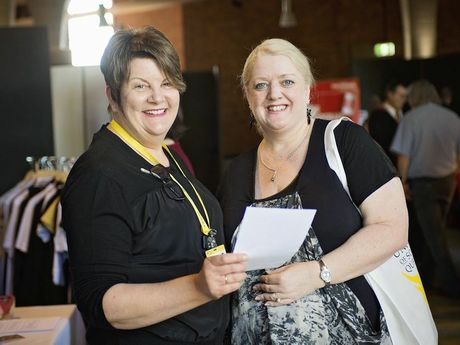 Narelle Girle (USQ Senior eLearning Development Support Officer) and Mandy Callow (Manager (Repositories) in USQ Library Services) at the Expo.