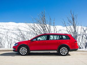 Volkswagen Golf Alltrack road test and review