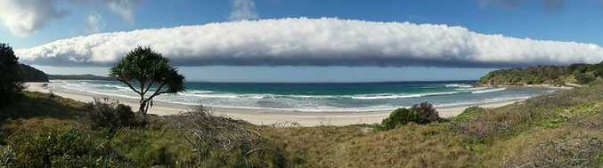 Morning Glory cloud formation rolling in at Evans Head Wednesday afternoon.
