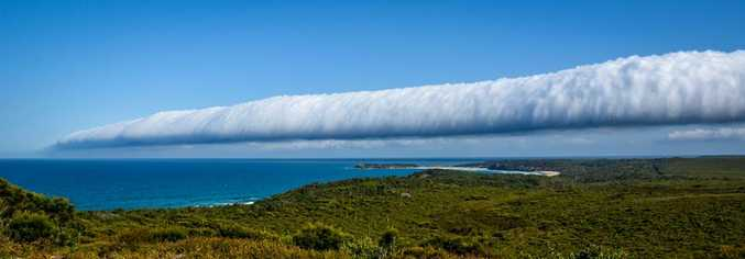 Weather event know as a 'Morning Glory' passes over Snapper Rock Evans Head.