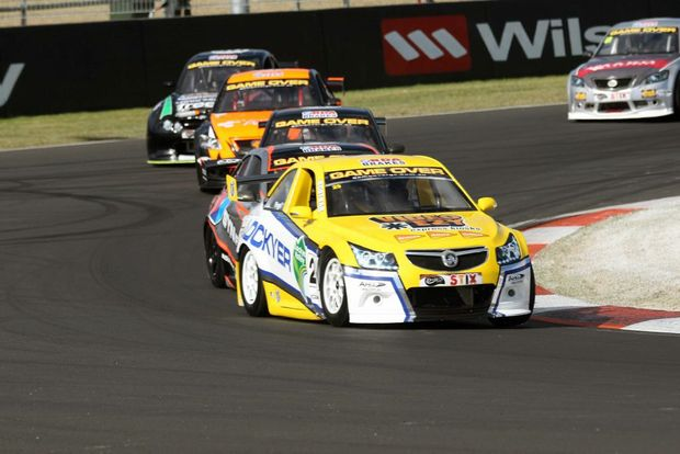 Brendon Pingel leads the pack in his Spirit of Lockyer Aussie Racing Car at Mount Panorama. Pingel finsihed the weekend just 8 points away from the series lead with just one round remaining. Photo Contributed