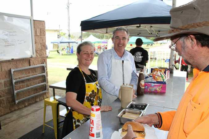 Kyogle Mayor Danielle Mulholland and Page MP Kevin Hogan served customers at the Kyogle Show Society canteen during the 2015 show.
