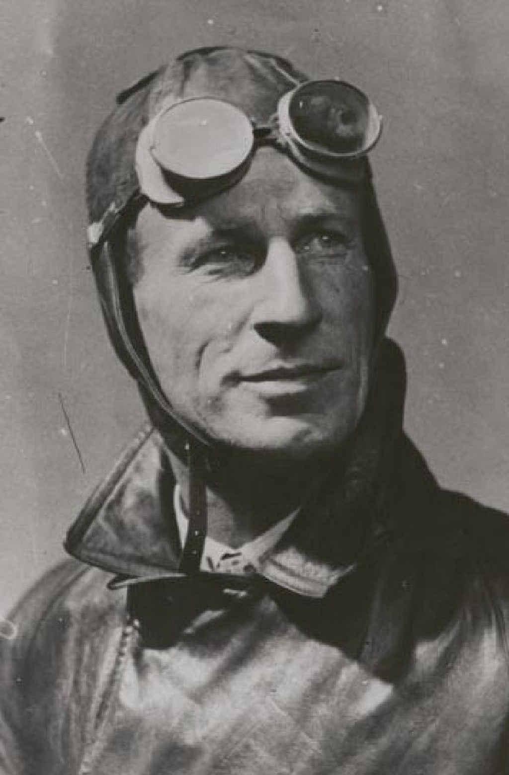Aviation pioneer Sir Charles Kingsford-Smith.