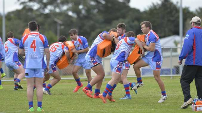 PREPARATION: The Clydesdales under 20s warm up for a FOGS Cup Colts Challenge game this year.  Photo Kevin Farmer / The Chronicle