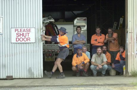 Lismore train maintenance staff, 2004. Photo The Northern Star Archives