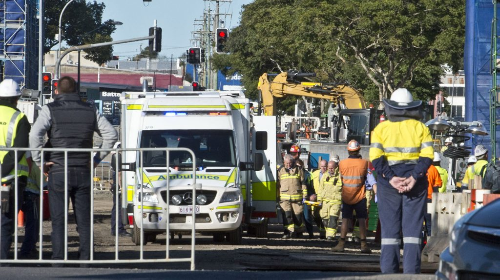 CBD INURY: 30 year old worker has limb crushed by steel pipe at construction site in Victoria St Toowoomba . Friday, Jun 26, 2015 . Photo Nev Madsen / The Chronicle