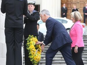 PM Malcolm Turnbull pays respect in first NZ visit