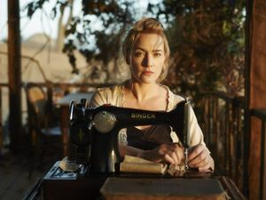 MOVIE REVIEW: Kate suits outback role to a T
