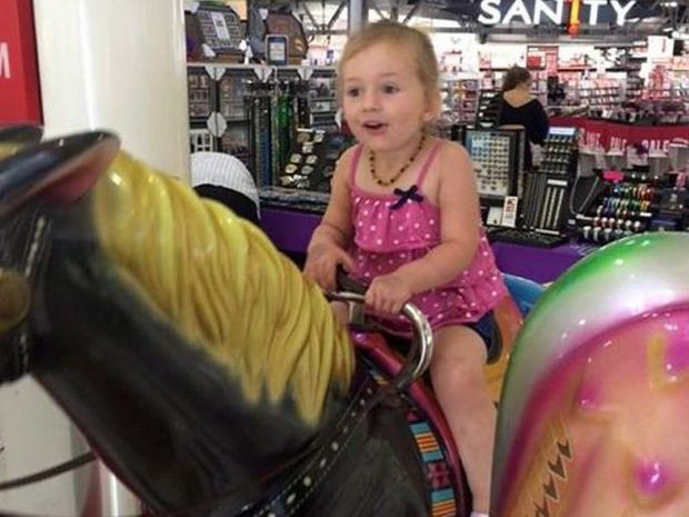 Pharaoh Shonhan is super excited to have a ride on the horse after a man gave her $2 to have a go.