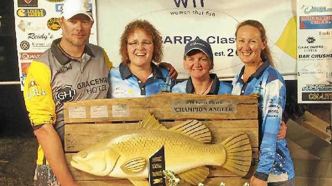WHAT A CATCH: Aaron Dial, Belinda Lindel, Shara VanHearen and Lisa Huff at the Women That Fish barra classic awards night
