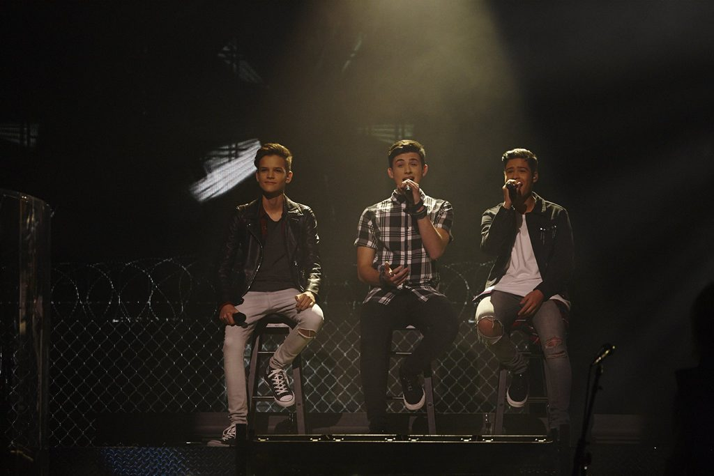 In Stereo performs during rock week on The X Factor.