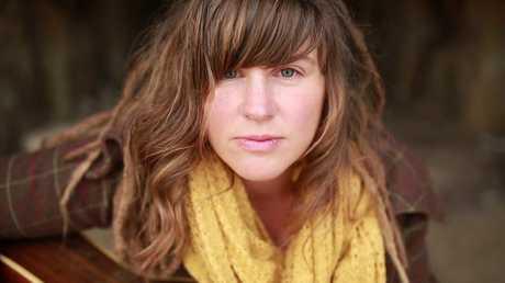 Australian singer songfwriter Loren Kate.