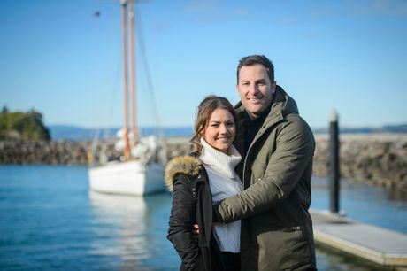Sam Frost and Sasha Mielczarek pictured during their final date on the show on New Zealand's North Island.