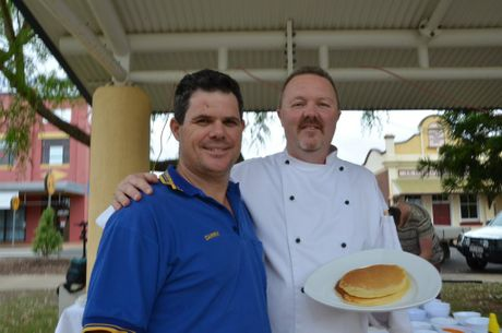 Chef Jason Ford and Taabinga Rotary President Darrin Kefford. Photo Barclay White / South Burnett Times