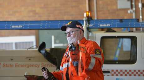 STORM SEASON: SES volunteer Frank Devlin advises people to prepre their properties for storms. Photo Bev Lacey / The Chronicle