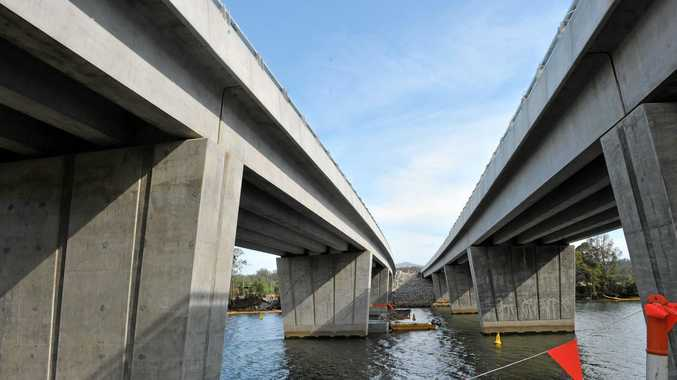 Contracts have been awarded to build components for more than 100 Woolgoolga to Ballina Pacific Hwy upgrade bridges.