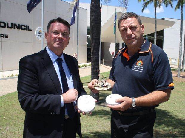 Cr Luke Smith and Louie Naumovski are calling on State government to change legislation and make photoelectric smoke alarms compulsory. Photo Contributed