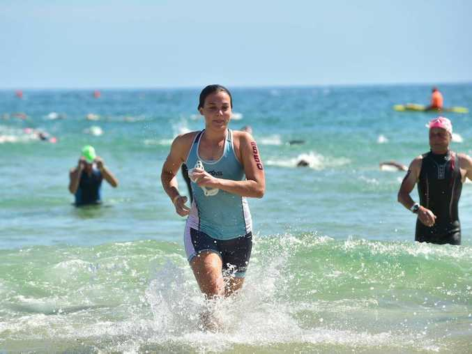 Noosa Triathlon. Swimmers in action. Photo: Che Chapman / Sunshine Coast Daily