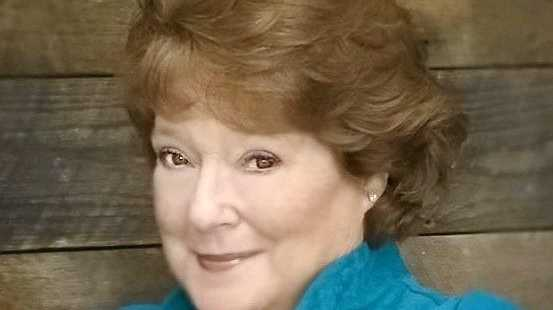 Diana Trask will perform at Twin Town Services Club on November 9.