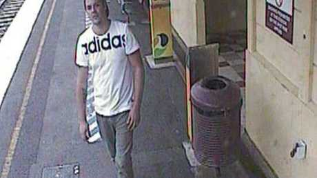 Both men are described as being aged between 18 and 23 years old and about 175cm tall.