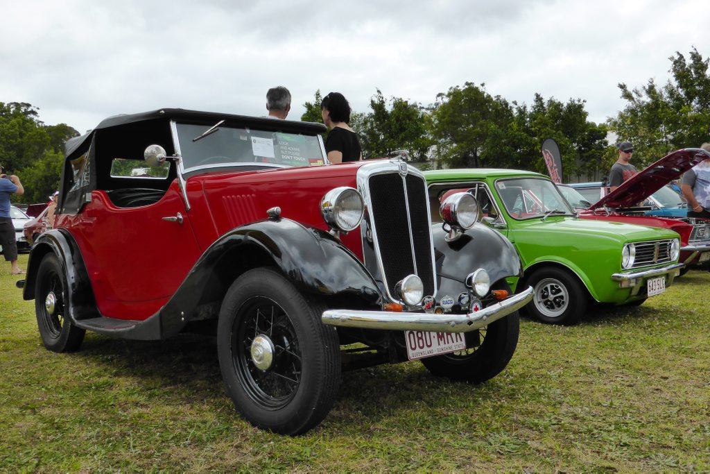 Room for the little ones: 1935 Morris 8/40 with even titchier Mini behind at the Combined Coastal Car Club car show at Cooroy. Photo: Iain Curry / Sunshine Coast Daily