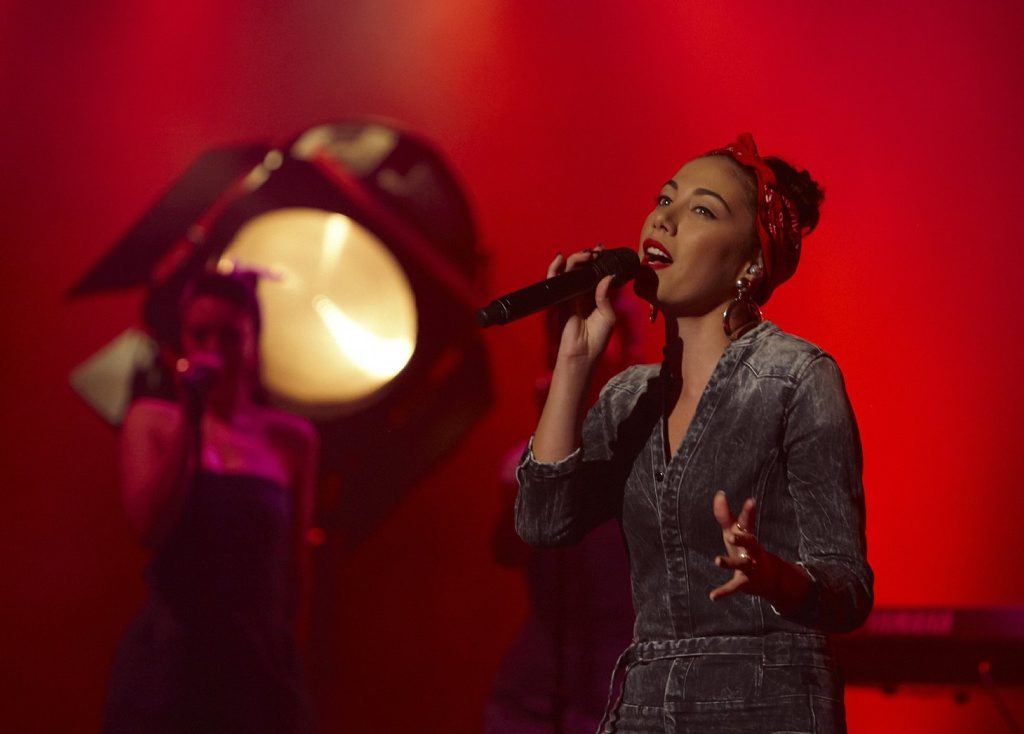 Mahalia Simpson performs on The X Factor.