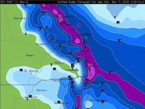 BoM issues storm warning for Sunshine Coast and Moreton Bay