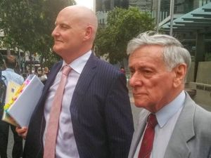 Former deputy premier to face sex abuse inquiry