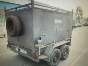 Police searching for stolen box trailer
