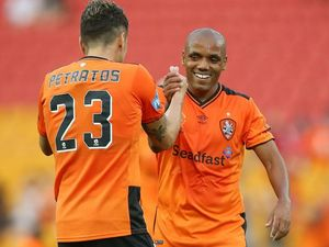Henrique holds ambition of starting spot with Roar