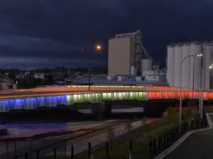 Bridge lit in show of support