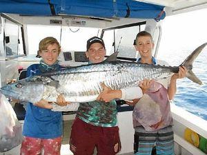 Teenager reels in a massive 40kg Spanish mackerel